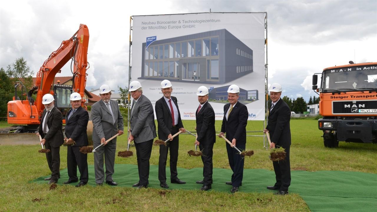 MicroStep Europa GmbH: Slávnostné položenie základného kameňa novej budovy ústredia v Bad Wörishofen-e